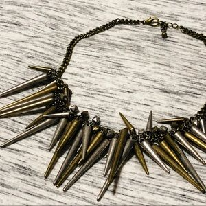 Spiked necklace gold and silver